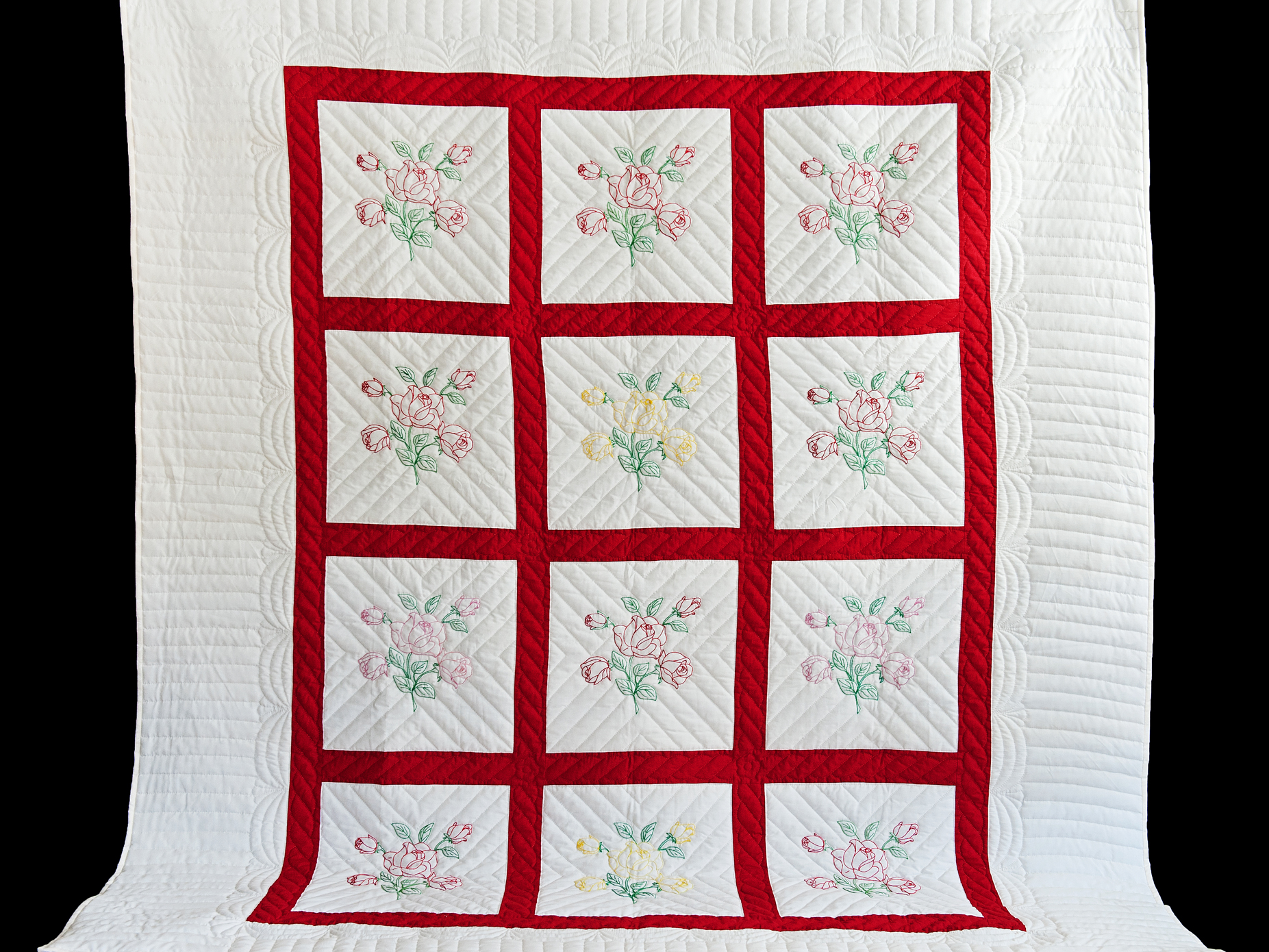 Set of 4 Embroidered Quilt Blocks Roses in Red and Pinks 8.5 inches